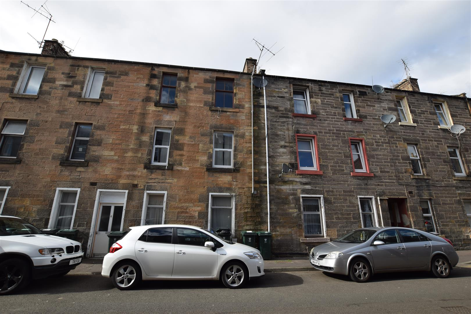 2/5, 4, Inchaffray Street, Perth, Perthshire, PH1 5RX, UK